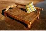 baybed-salvaged-prahu-timbers-02